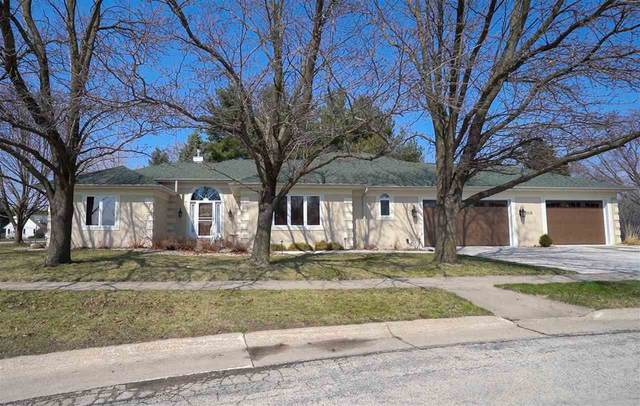 1110 NW 12th Avenue, Waverly, IA 50677 (MLS #20201570) :: Amy Wienands Real Estate