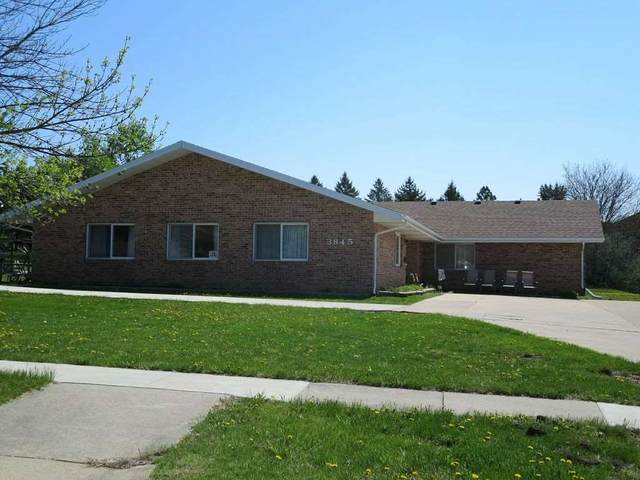 3845 Paige Drive, Waterloo, IA 50702 (MLS #20201580) :: Amy Wienands Real Estate