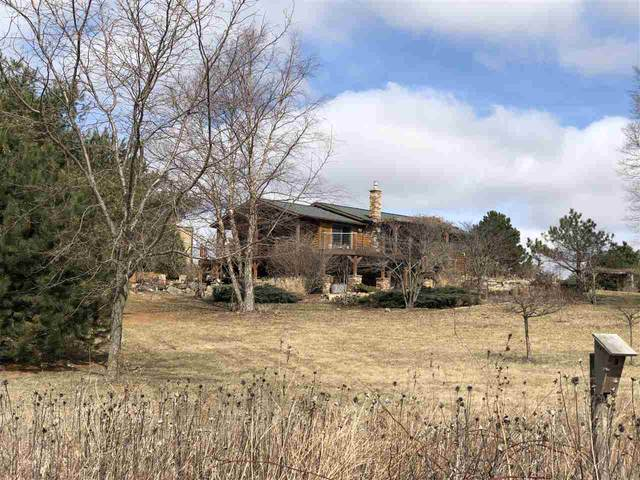 11511 Barnes Ferry Road, Laporte City, IA 50651 (MLS #20201596) :: Amy Wienands Real Estate