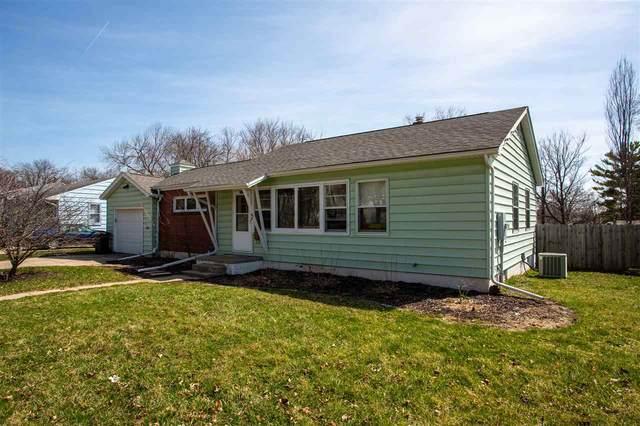 1201 Madison Street, Cedar Falls, IA 50613 (MLS #20201605) :: Amy Wienands Real Estate
