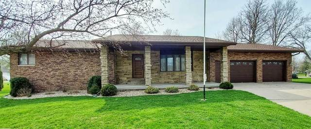 117 Marshall Court, Manchester, IA 52057 (MLS #20202064) :: Amy Wienands Real Estate