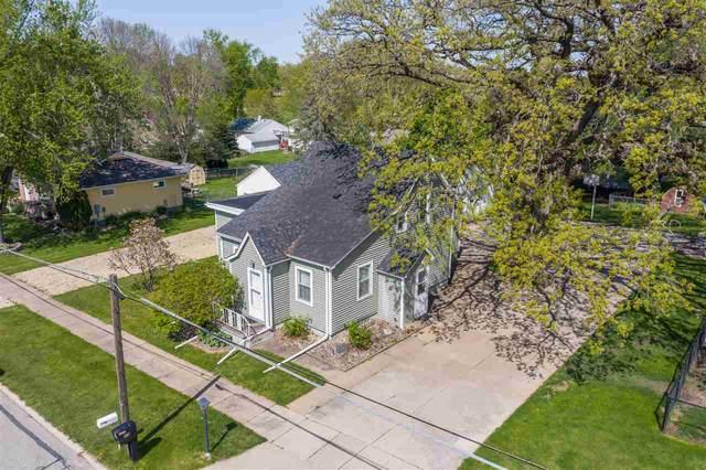 223 N Francis Street, Cedar Falls, IA 50613 (MLS #20202334) :: Amy Wienands Real Estate