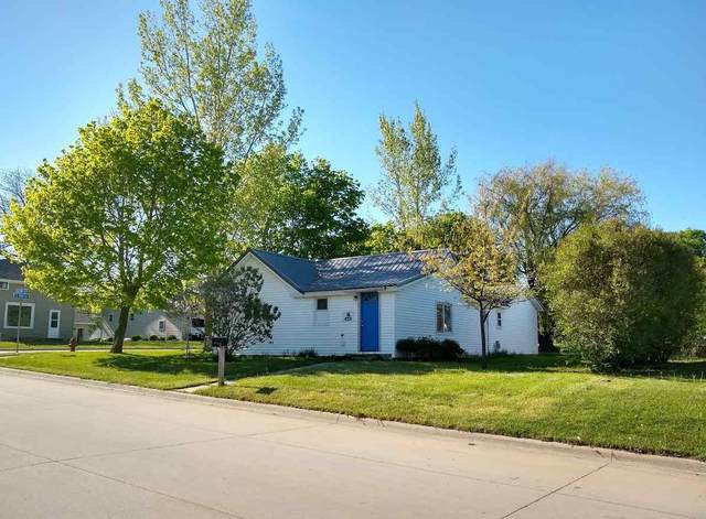 303 Chestnut Street, Osage, IA 50461 (MLS #20202365) :: Amy Wienands Real Estate