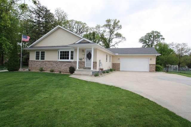 2505 Rainbow Drive, Cedar Falls, IA 50613 (MLS #20202398) :: Amy Wienands Real Estate