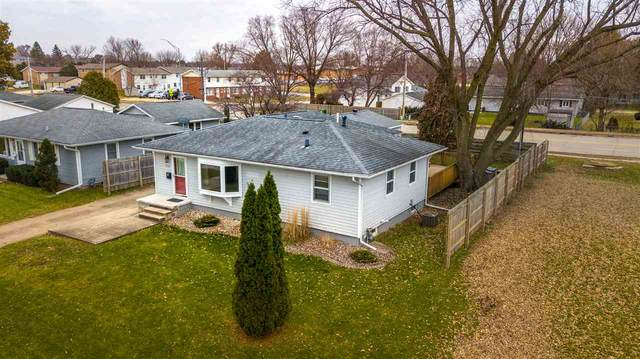 2207 Sunnyside Circle, Cedar Falls, IA 50613 (MLS #20202486) :: Amy Wienands Real Estate