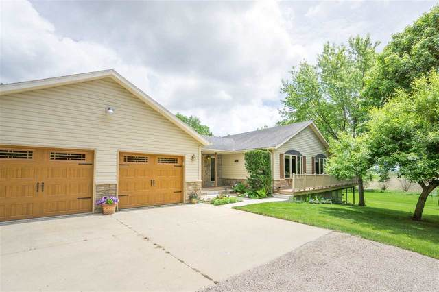 9748 Sylvan Drive, Janesville, IA 50647 (MLS #20202531) :: Amy Wienands Real Estate