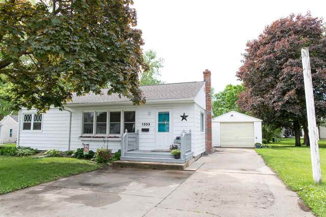 1303 SW 2nd Avenue, Waverly, IA 50677 (MLS #20202536) :: Amy Wienands Real Estate