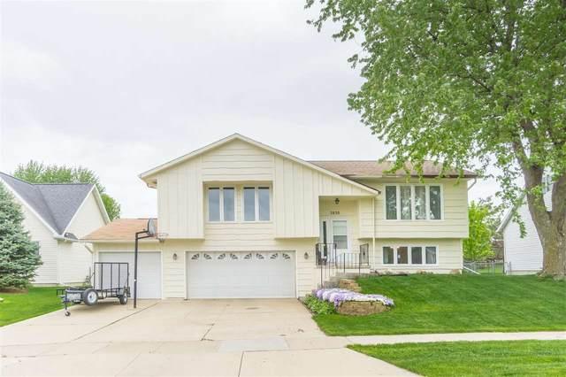 3836 Holly Lane, Waterloo, IA 50702 (MLS #20202539) :: Amy Wienands Real Estate