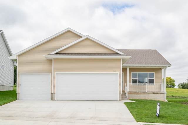 1310 1st St. Se, Waverly, IA 50677 (MLS #20202549) :: Amy Wienands Real Estate