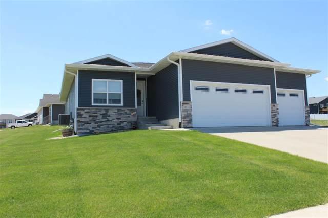 2310 Leigh Lane, Cedar Falls, IA 50613 (MLS #20202559) :: Amy Wienands Real Estate