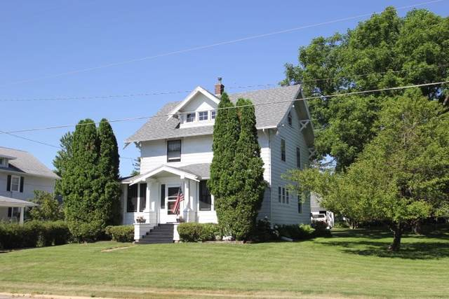 6114 Kimball Avenue, Waterloo, IA 50701 (MLS #20202574) :: Amy Wienands Real Estate