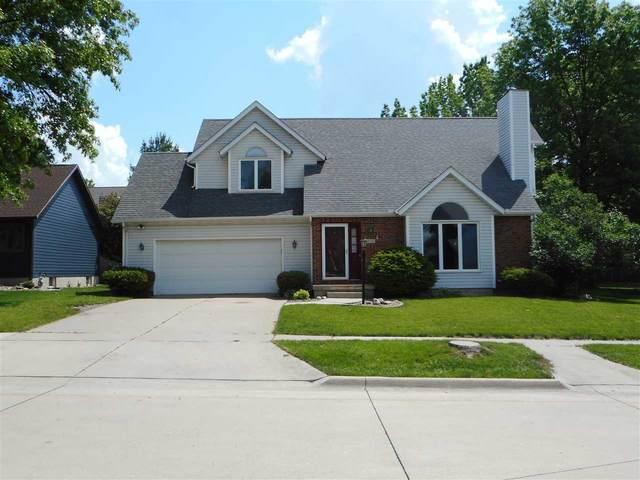 702 Birdsall Drive, Cedar Falls, IA 50613 (MLS #20202735) :: Amy Wienands Real Estate