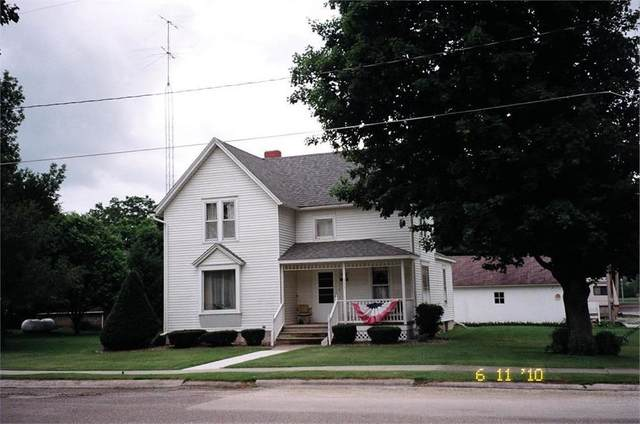 311 Center Street, Elgin, IA 52141 (MLS #20203022) :: Amy Wienands Real Estate