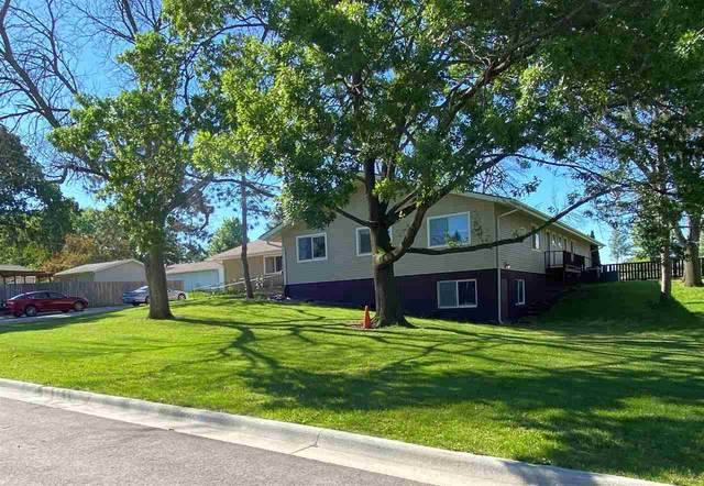 2009 Coachman Drive, Waterloo, IA 50701 (MLS #20203065) :: Amy Wienands Real Estate