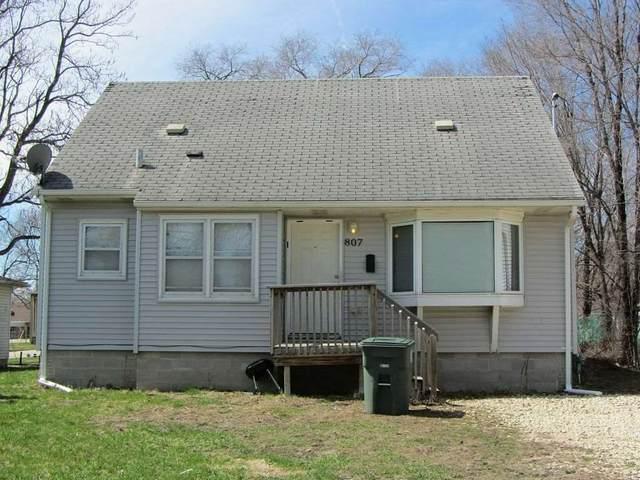 807 Beech Street, Waterloo, IA 50703 (MLS #20203103) :: Amy Wienands Real Estate