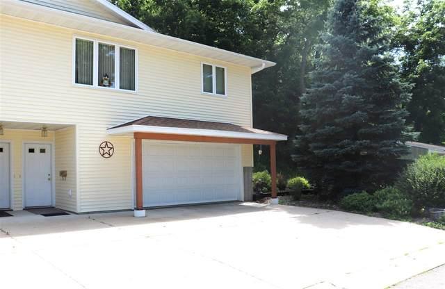 711 W Main Street, Decorah, IA 52101 (MLS #20203318) :: Amy Wienands Real Estate