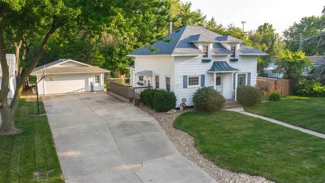 124 Hawley Street, Jesup, IA 50648 (MLS #20203367) :: Amy Wienands Real Estate