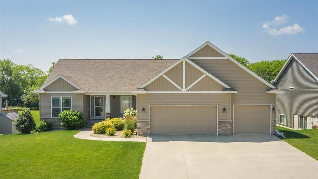 2921 Timber Cove Drive, Cedar Falls, IA 50613 (MLS #20203374) :: Amy Wienands Real Estate