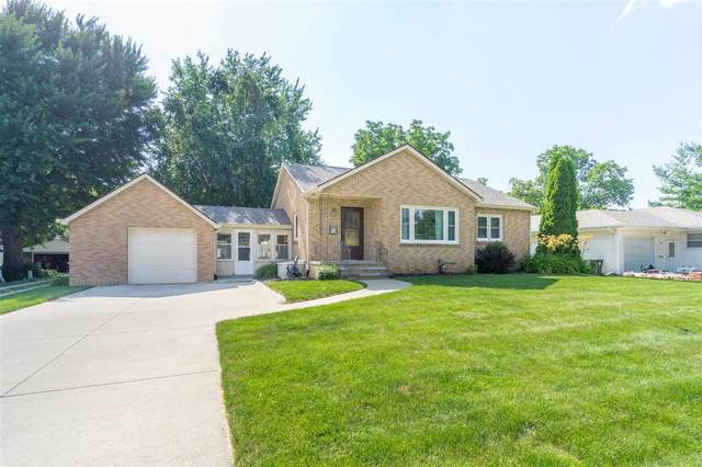 1109 Olive Street, Cedar Falls, IA 50613 (MLS #20203383) :: Amy Wienands Real Estate