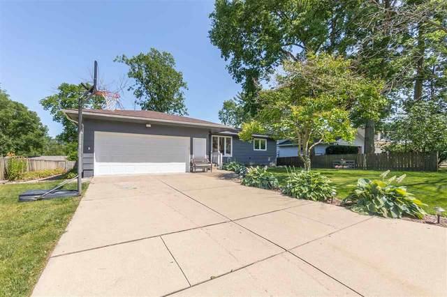 2614 Alameda Street, Cedar Falls, IA 50613 (MLS #20203417) :: Amy Wienands Real Estate