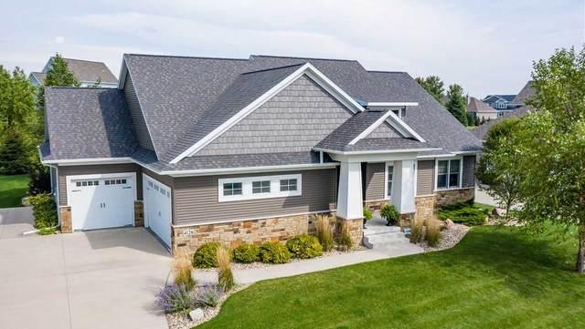 4128 Wynnewood Drive, Cedar Falls, IA 50613 (MLS #20203435) :: Amy Wienands Real Estate