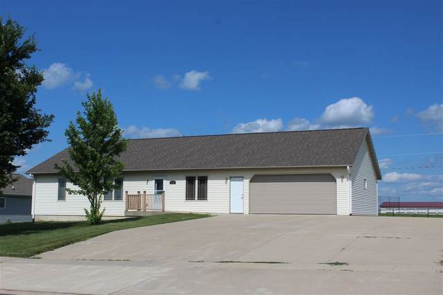 1004 Pleasant Drive, Parkersburg, IA 50665 (MLS #20203452) :: Amy Wienands Real Estate