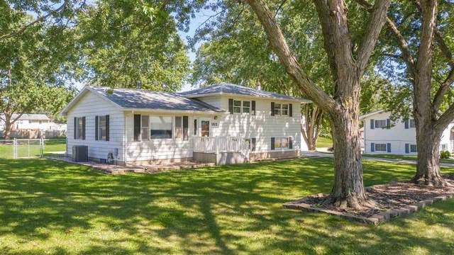 555 Ayers Avenue, Evansdale, IA 50707 (MLS #20203777) :: Amy Wienands Real Estate