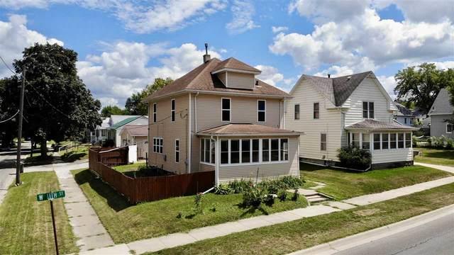 1001 W 11th Street, Waterloo, IA 50702 (MLS #20203928) :: Amy Wienands Real Estate