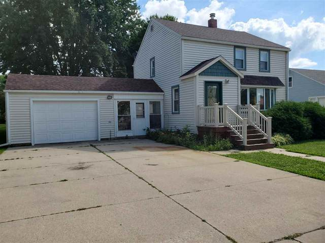 419 4th Avenue West, Cresco, IA 52136 (MLS #20203957) :: Amy Wienands Real Estate