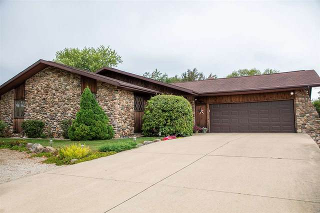 811 Pioneer Road, Reinbeck, IA 50669 (MLS #20203982) :: Amy Wienands Real Estate
