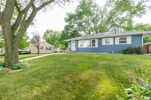 1272 Sheldon Street, Waterloo, IA 50701 (MLS #20204001) :: Amy Wienands Real Estate