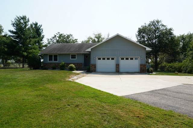 2986 Wedgewood Estates Place, Charles City, IA 50616 (MLS #20204367) :: Amy Wienands Real Estate