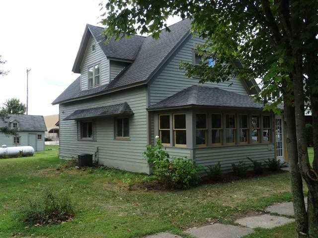 228 SE 2nd Street, New Albin, IA 52160 (MLS #20204412) :: Amy Wienands Real Estate
