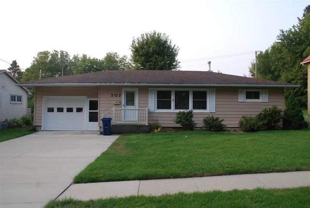307 W Elm Street, West Union, IA 52175 (MLS #20204706) :: Amy Wienands Real Estate
