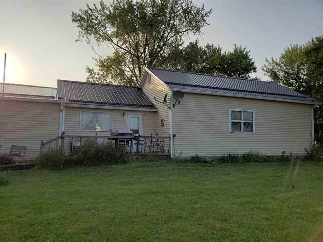 39721 Cedar Avenue, Strawberry Point, IA 52076 (MLS #20204723) :: Amy Wienands Real Estate