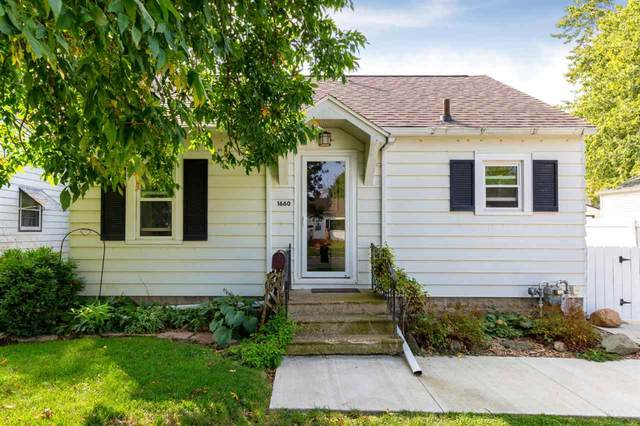 1660 Hawthorne Avenue, Waterloo, IA 50702 (MLS #20204751) :: Amy Wienands Real Estate