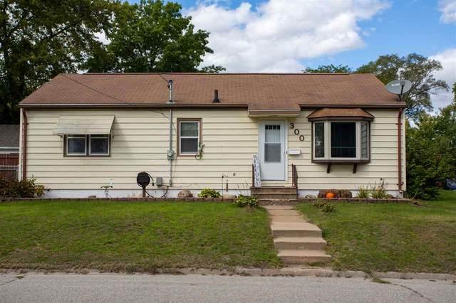 300 Bismark Avenue, Waterloo, IA 50701 (MLS #20204777) :: Amy Wienands Real Estate