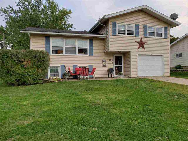 209 Valley Manor Drive, Cresco, IA 52136 (MLS #20204813) :: Amy Wienands Real Estate