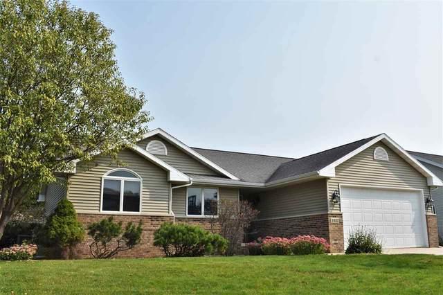 1033 Barrington Drive, Cedar Falls, IA 50613 (MLS #20204815) :: Amy Wienands Real Estate