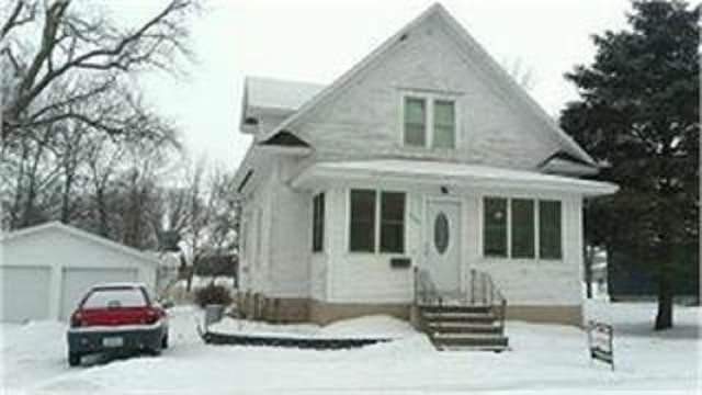 705 W 1st Street, Sumner, IA 50674 (MLS #20204877) :: Amy Wienands Real Estate