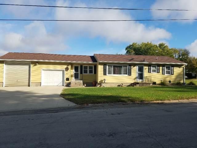 615 6th St. Ne, Oelwein, IA 50662 (MLS #20204948) :: Amy Wienands Real Estate