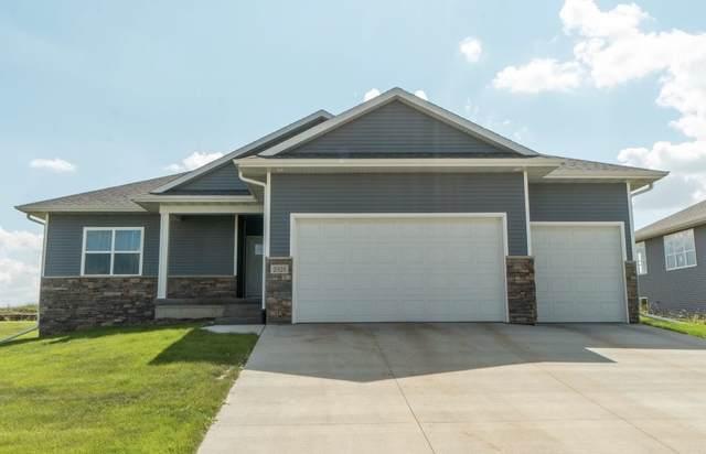 2026 Reese Road, Cedar Falls, IA 50613 (MLS #20204965) :: Amy Wienands Real Estate