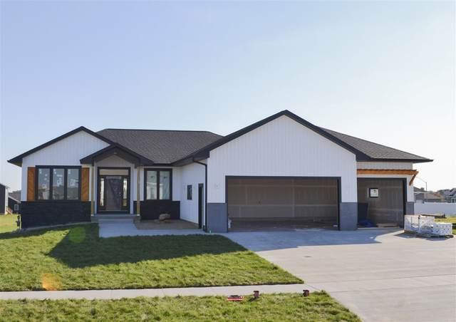 2004 Ashworth Drive, Cedar Falls, IA 50613 (MLS #20205046) :: Amy Wienands Real Estate