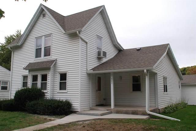 500 King Street, Fayette, IA 52142 (MLS #20205054) :: Amy Wienands Real Estate