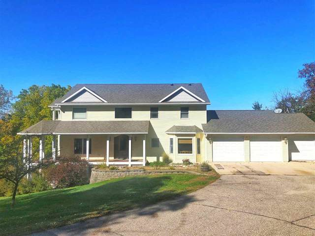 1652 Augusta Road, Decorah, IA 52101 (MLS #20205122) :: Amy Wienands Real Estate