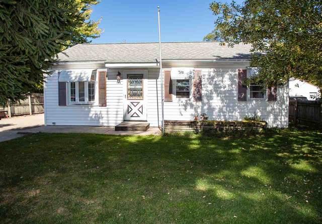 155 Michigan Drive, Elk Run Heights, IA 50707 (MLS #20205145) :: Amy Wienands Real Estate