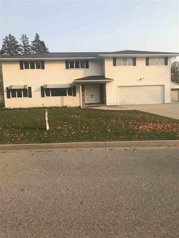 3237 Santa Maria Dr, Waterloo, IA 50702 (MLS #20205167) :: Amy Wienands Real Estate