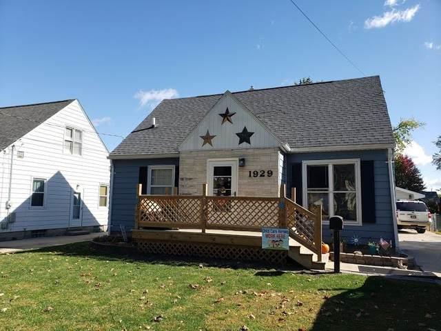 1929 W 6th Street, Waterloo, IA 50702 (MLS #20205297) :: Amy Wienands Real Estate