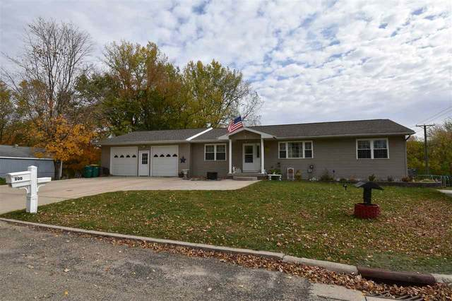 800 9th Ave. N.E., Independence, IA 50644 (MLS #20205322) :: Amy Wienands Real Estate