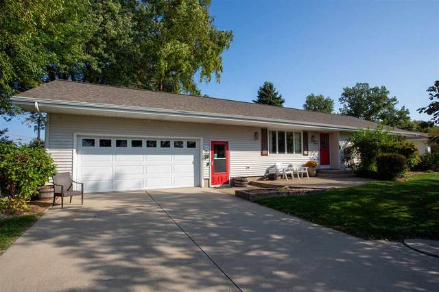 807 Blaine Street, Dysart, IA 52224 (MLS #20205330) :: Amy Wienands Real Estate